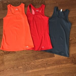 UNDER ARMOUR HEAT GEAR FITTED WOMENS TANK SIZE M